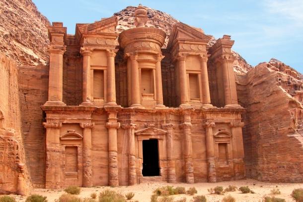 7 Impressionantes Cidades Esquecidas Pelo Homem e Pelo Tempo
