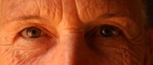 10 Hábitos do Dia a Dia que o Estão a Envelhecer