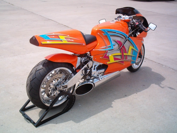 MTT Turbine Superbike Y2K - as motos mais rápidas do mundo