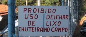 Erros de Português em Placas e Faixas